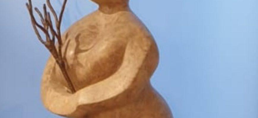 """""""היוולדות מתמדת"""" – עבודות של רונית טסלר עדן"""