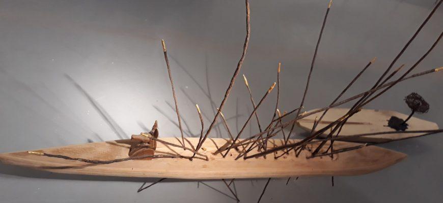 """""""באיזון שביר"""" – תערוכת יחיד של האמנית אתי גדיש דה-לנגה"""